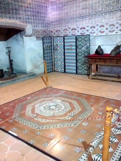 Interior del castillo de Coca.