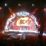 AC/DC llenan de energía el Calderón