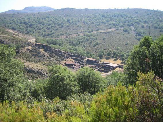Ruta al Cerro Larda y sus bonitas vistas de la sierra.