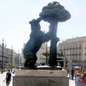 Puerta del Sol madroño
