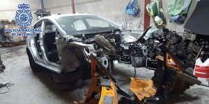 detenidos por vender piezas de coches robados