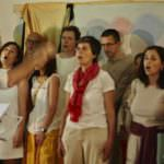 'Encantando', talleres de canto en grupo que mejoran el trabajo en equipo