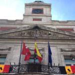 Madrid rinde un minuto de silencio por las víctimas de los atentados de Bruselas
