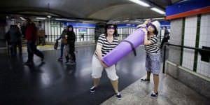 Minipiezas de teatro en el Metro