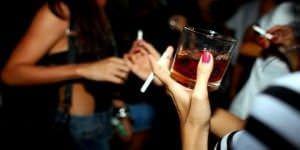 dosfiestasmenoresyalcohol