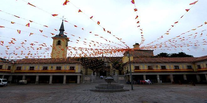 La Plaza Mayor de Brunete en fiestas