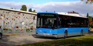 Autobuses a los cementerios de Madrid