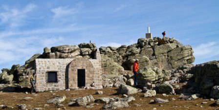 Refudio y cima en Cueva Val,iente