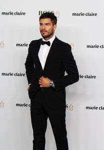 Maxi Iglesias en los Premios Marie Claire