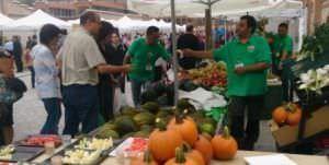Mercado de productores en Matadero Madrid