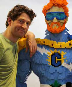 Nathan Sawaya, autor de 'The Art of the Brick'