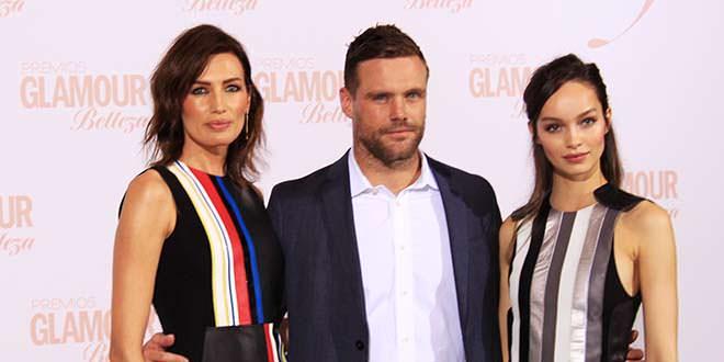 Nieves Álvarez, Nick Youngquest y Luma Grothe en los Premios Glamour Belleza. Foto: Andreína Pérez