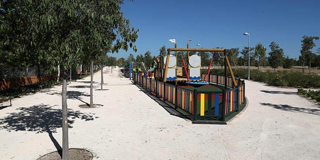 Nuevas zonas infantiles en parque forestal Fuente Carrantona