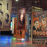 'Houdini. Las leyes del asombro', un recorrido por la figura de peculiar mago