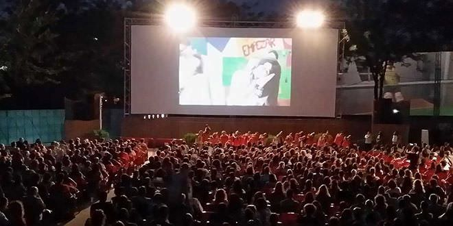 Cine de verano en La Bombilla