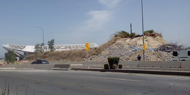 demolición pasarela ciclista wanda