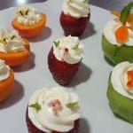 Receta de frutas rellenas con crema de queso a la naranja