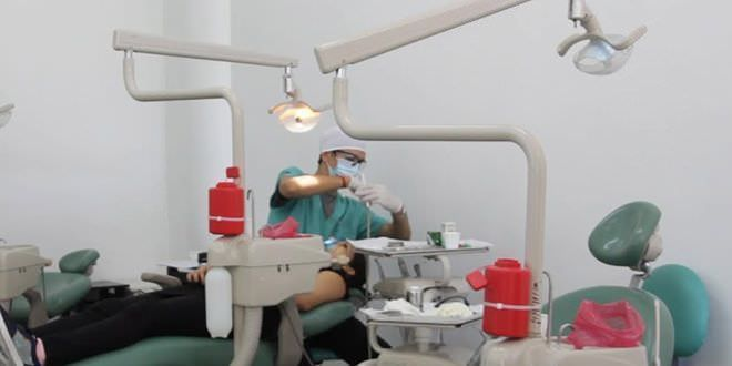Servicio dental gratuito para niños