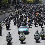Miles de personas rinden homenaje a Ángel Nieto en Madrid