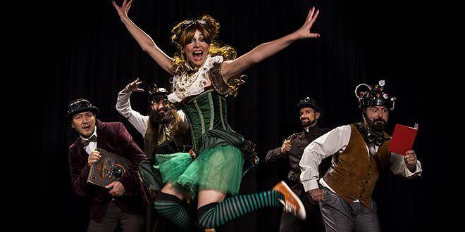 El musical familiar 'Coralina', una historia de magia y títeres