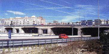 Obras en puente de avenida del Mediterráneo