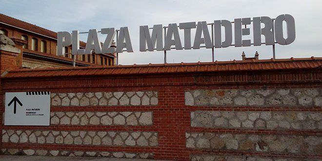 Matadero. Plaza en Invierno