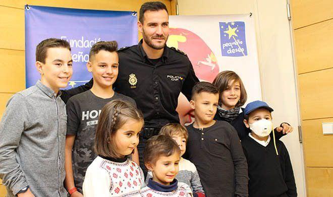 calendario solidario 2018 Policía Nacional y Fundación Pequeño Deseo