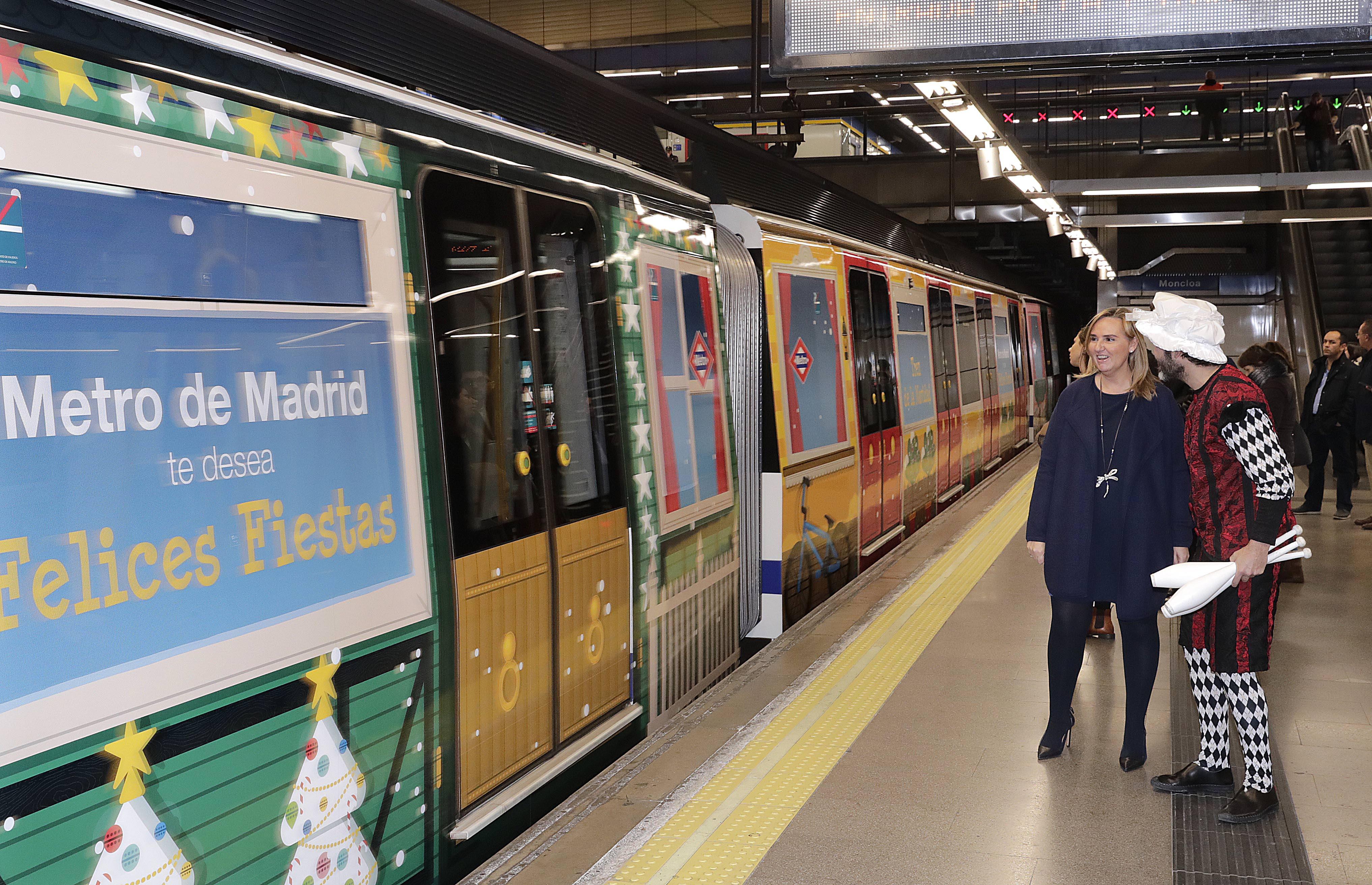 Tren navidad metro