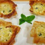 Receta de tartaletas de calabacín y queso feta
