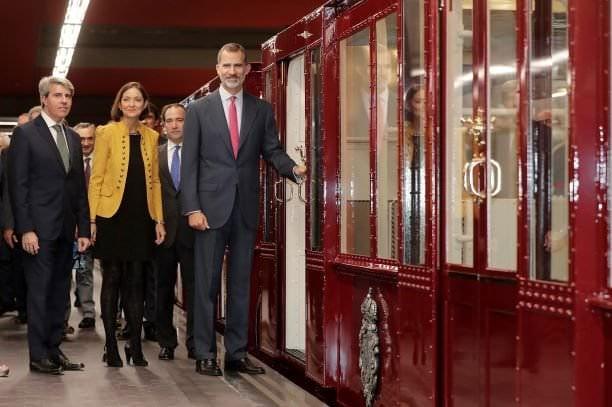 Felipe VI centenario metro