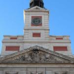 Las campanadas del reloj de la Puerta del Sol sonarán este año dos veces