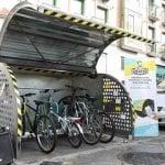 Se estrena un 'bicihangar' piloto para apacar la bici en la ciudad