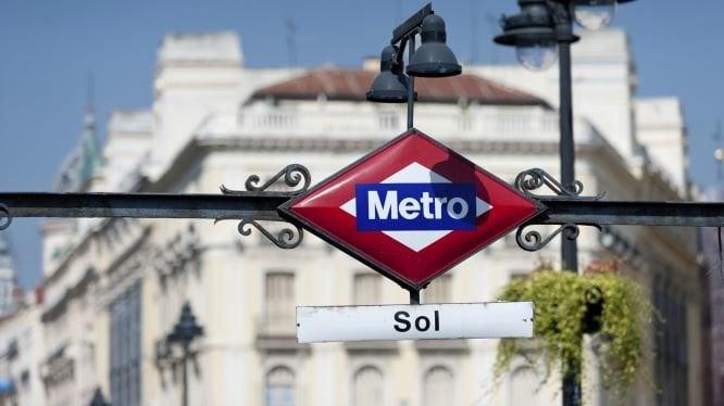 carrera centenario metro sol