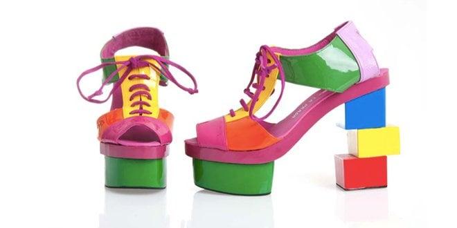 Zapatos Cubos Ágatha Ruiz de la Prada Museo del Traje