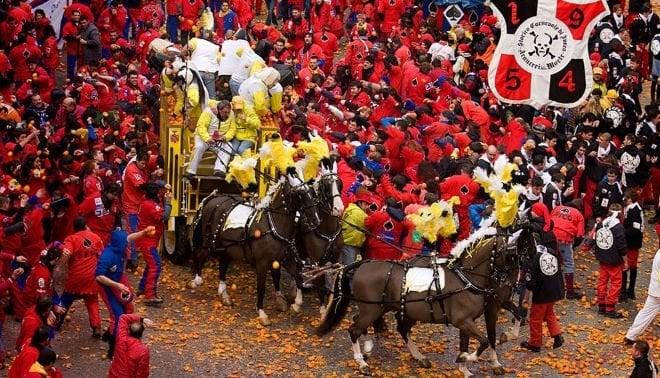 Carnaval ivrea piamonte