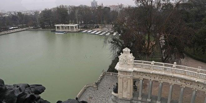 Mirador bajo estatua Alfonso XII