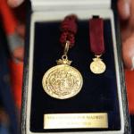 Carmen Linares, Juan Tamariz y El Roto, Medallas de Oro 2019