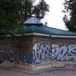 Los quioscos de Aluche, lugares de encuentro para asociaciones vecinales