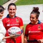 La reina Letizia visita a la Selección nacional femenina de rugby