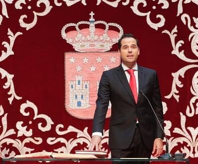 Ignacio Aguado en la toma de posesión