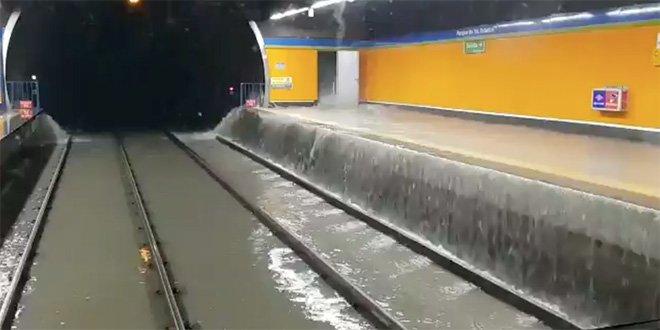 Tormenta con granizo inundación metro