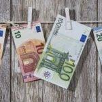 Comerciantes de Madrid: consejos para reconocer billetes falsos