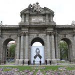 Luto en Madrid por las víctimas del coronavirus