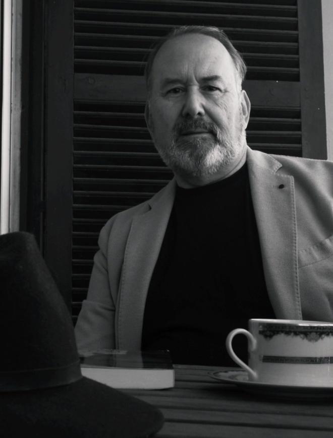 entrevista Mago Sangó escritor