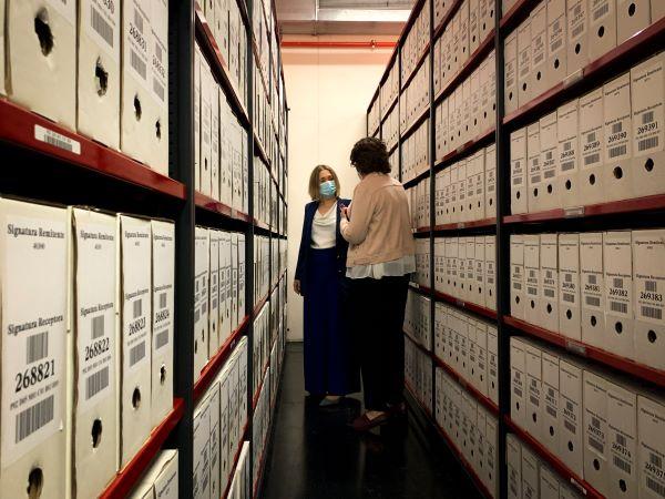 Recopilación de memorias en el Archivo regional
