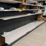 La compra de productos de limpieza y alimentos no perecederos se dispara