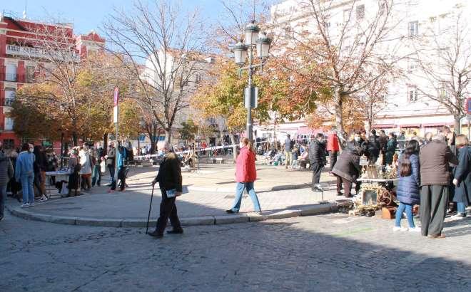 Rastro abre 22 noviembre plaza vara rey