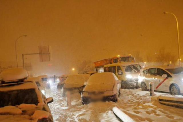 coches abandonados nieve